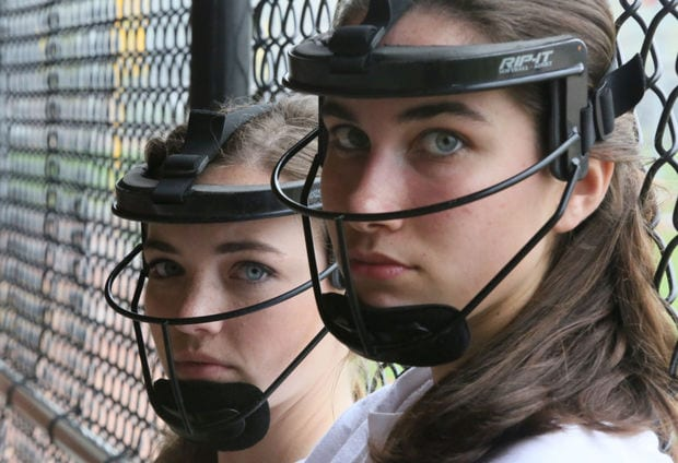 The Fastpitch Players Face! - Softball is for Girls